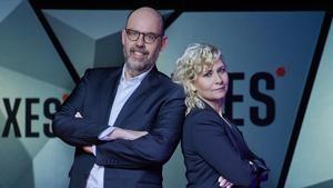 Jordi Basté y Mónica Terribas, presentadores de 'Nexes'