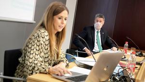 La concejala de comunicación del Ayuntamiento de Badalona, Rosa del Amo, y el alcalde, Xavier Garcia Albiol.