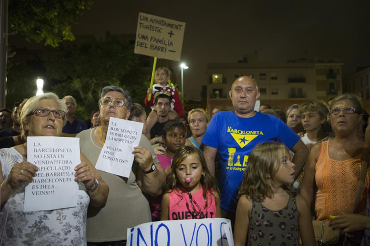 Protesta de los vecinos de la Barceloneta.