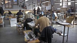 Un grupo de presos, participando en un taller de reinserción, en una imagen de archivo.