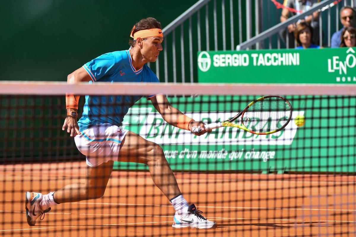 Nadal, durante su partido contra Bautista, en el Principado de Mónaco.