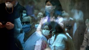 Equipo médico del Hospital Universitario Saint George de Beirut encargado del atender a los pacientes de coronavirus.