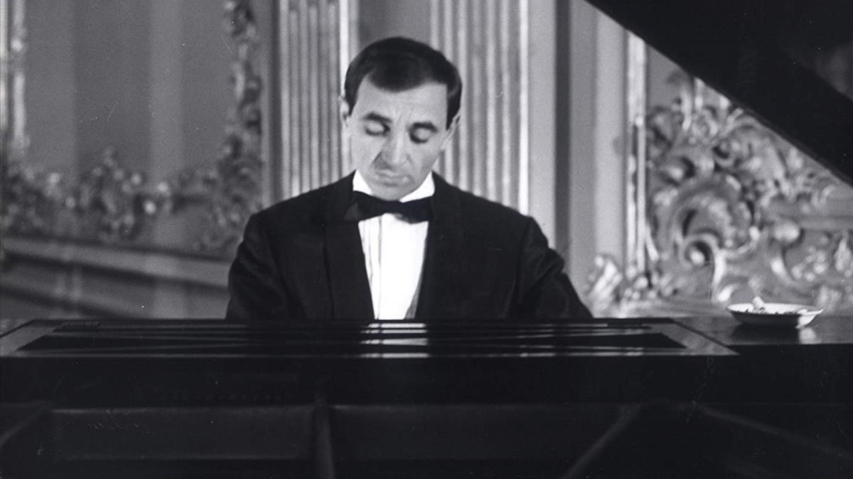 Aznavour en la película'Tirad contra el pianista' de François Truffaut