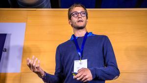 El fundador de Glovo, Oscar Pierre, durante una conferencia en el congreso Reshaping Work.