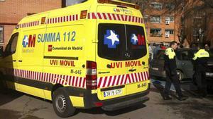 Ambulancia en el lugar donde se ha producido el suceso.