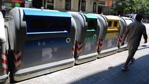 Barcelona introducirá en el 2020 una tasa de residuos de entre 2,25 y 4,25 euros al mes. Lo explica el concejalde Transició Energètica i Emergència Climàtica del Ayuntamiento de Barcelona, Eloi Badia.