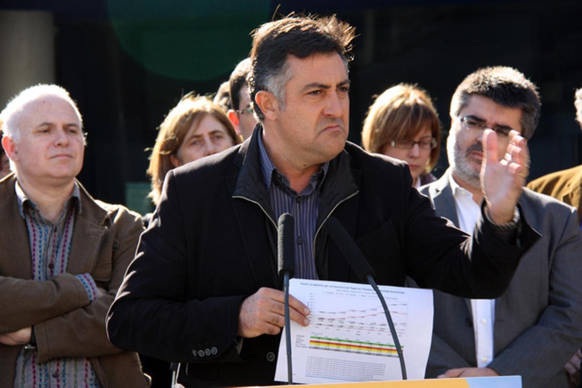 Joan Puigcercós, hoy, durante el acto en que ha presentado cifras que respaldan sus críticas al agravio fiscal de Catalunya, hoy, en Barcelona.