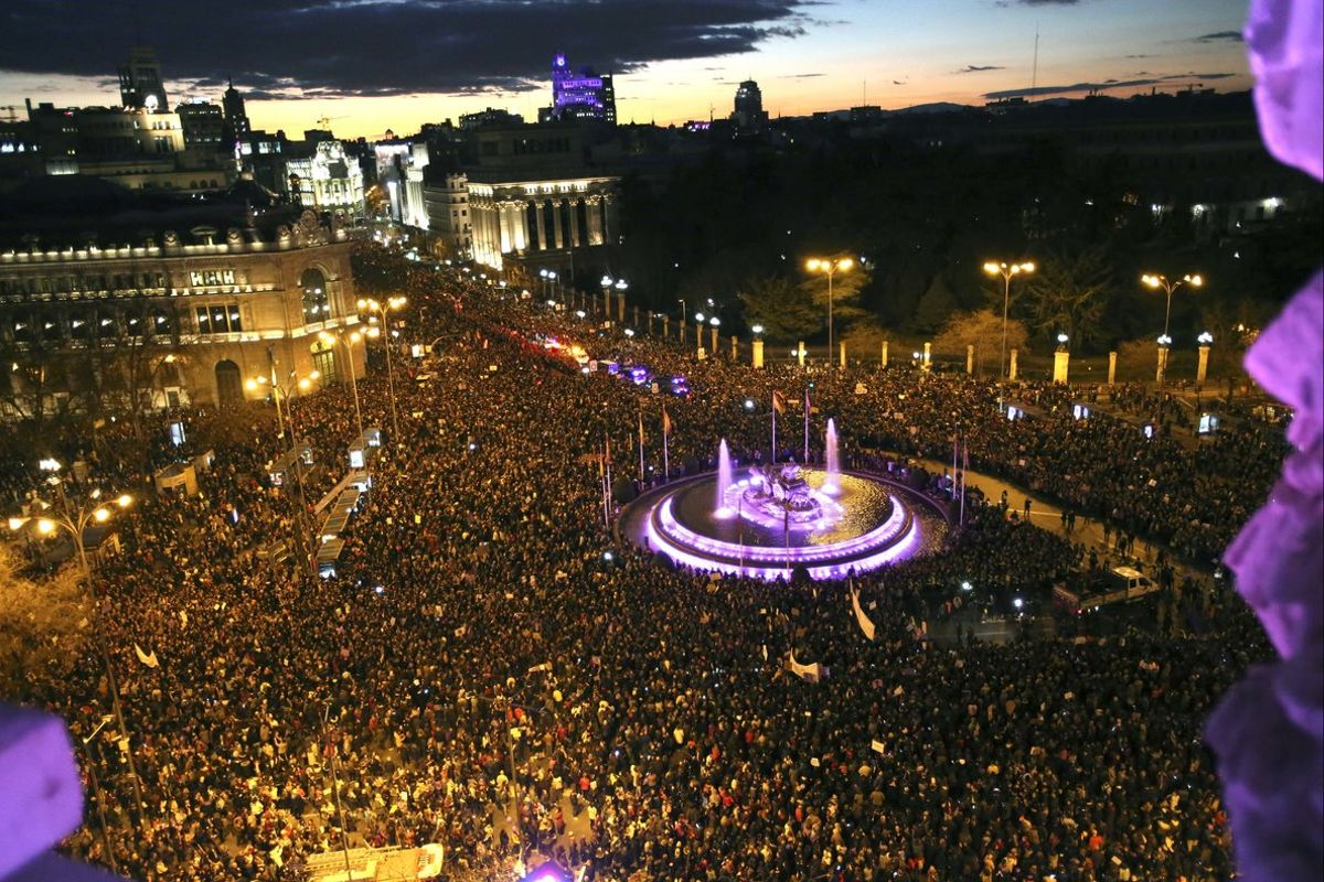 Imagen aérea de la manifestación del Día de la Mujer en Madrid