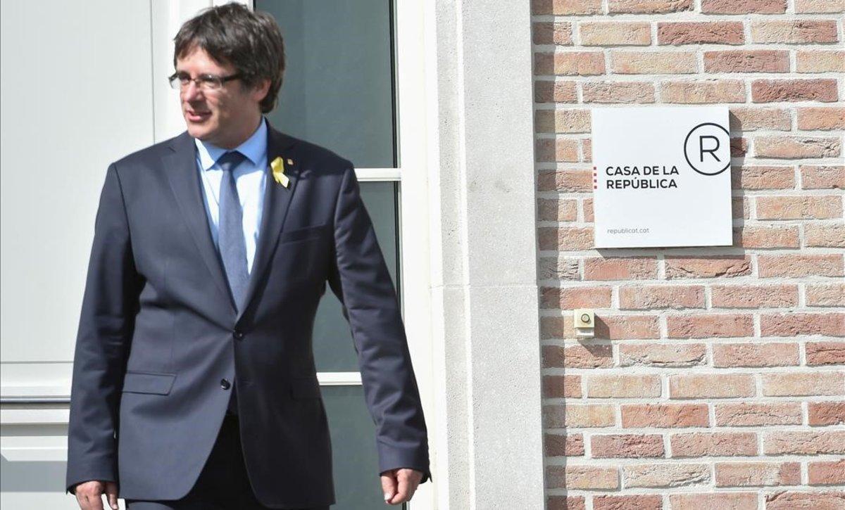 Carles Puigdemont, en la Casa de la República, en Waterloo (Bélgica).