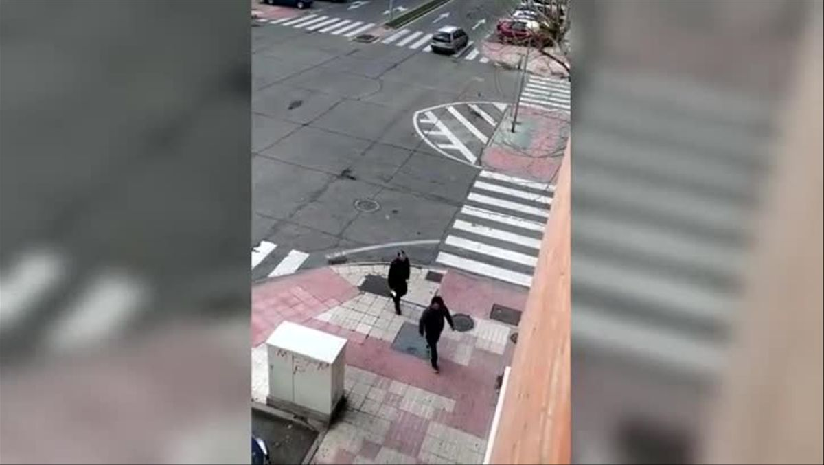 La Policía de Salamanca multa a un ciudadano por pasear por las calles tras decretarse el Estado de Alarma