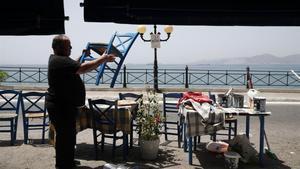 Grecia comienza el martes un toque de queda nacional por el repunte de contagios