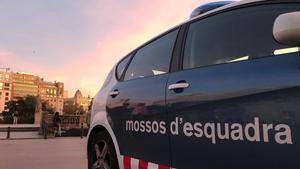 Un vehículo de los Mossos.