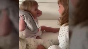 Video familiar de Anna y Olivia, secuestradas por su padre el 27 de abril.