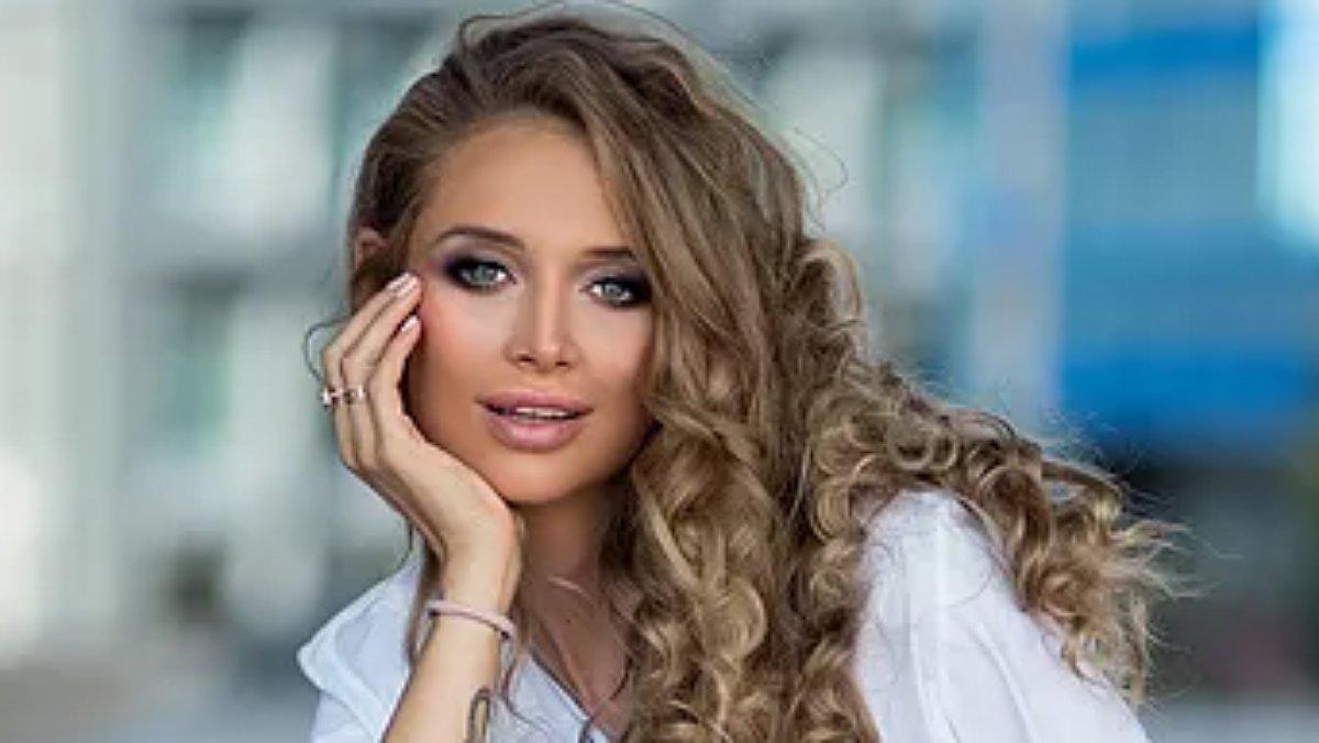 Kaja Sokola actualmente tiene 33años y se dedica a la psicología.