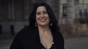 Laura Morán, psicóloga, sexóloga y autora de Orgas(mitos), fotografiada en Getxo(Vizcaya).