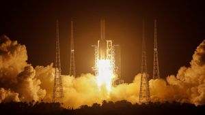 Despegue del cohete Long March-5, el pasado 24 de noviembre, diseñado para llevar la misión Chang'e 5 rumbo a la Luna.
