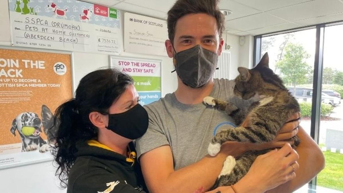 Forbes, el gato que desapareció durante 10 años en Escocia, junto a sus dueños