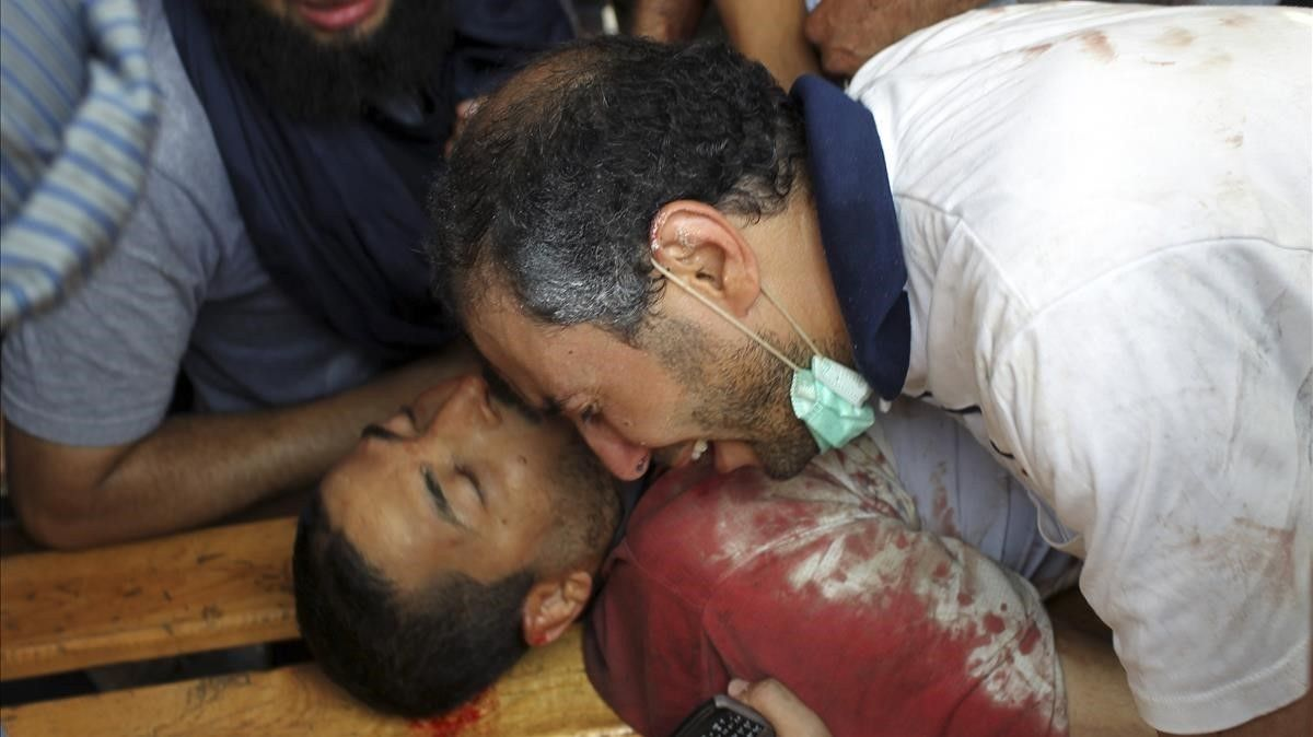 Unade las víctimas del asalto de las fuerzas de seguridad el 14 de agosto del 2013 en la plazaRabaa Adauiya de El Cairo.