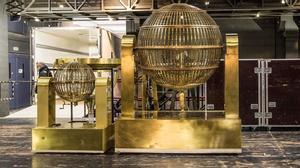 Los bombos del Sorteo de la Lotería de Navidad llegan al Teatro Real de Madrid.