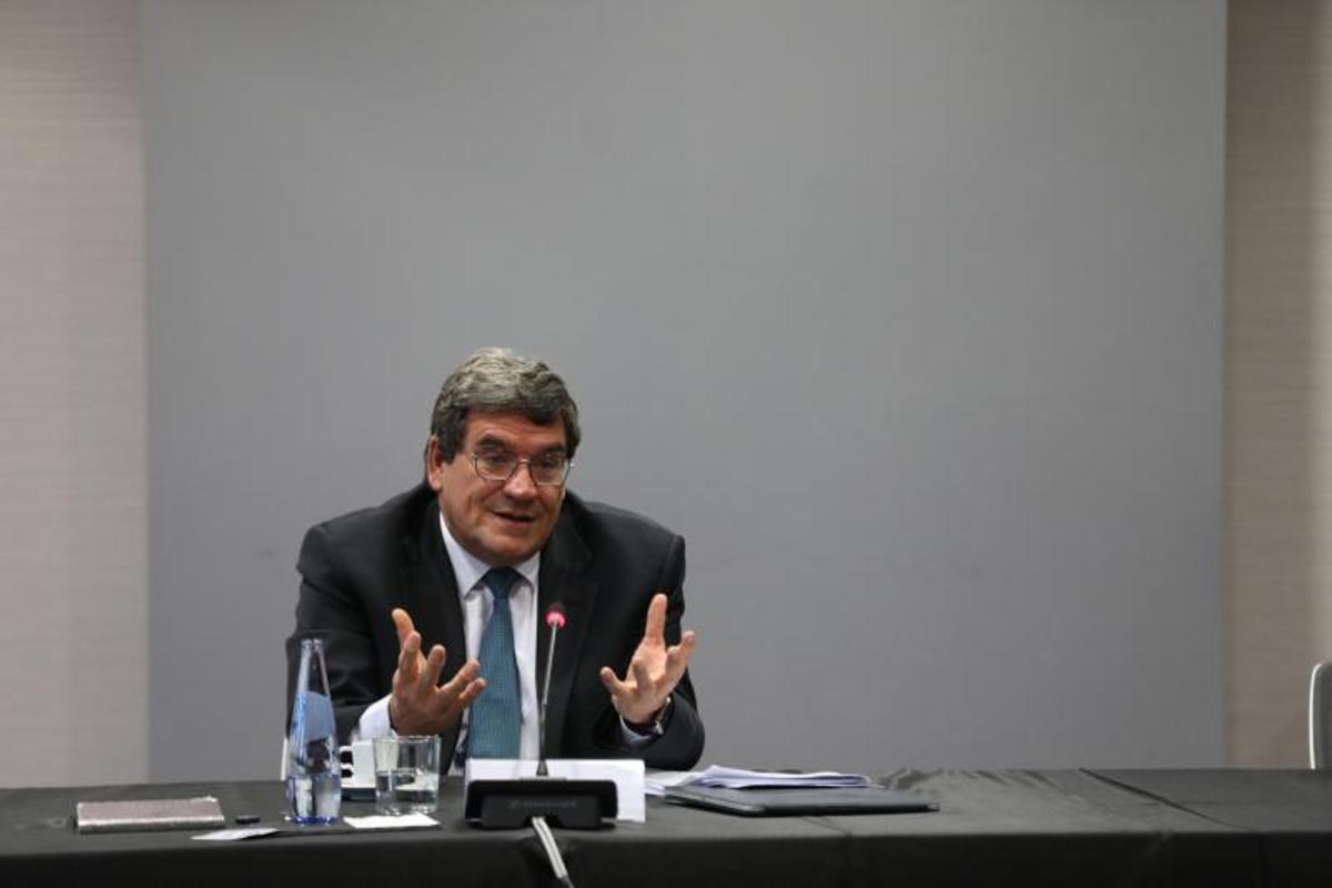 El ministro de Inclusión, Seguridad Social y Migraciones, José Luis Escrivá, en un desayuno informativo el pasado 4 de noviembre de 2020 en Alcobendas, Madrid.