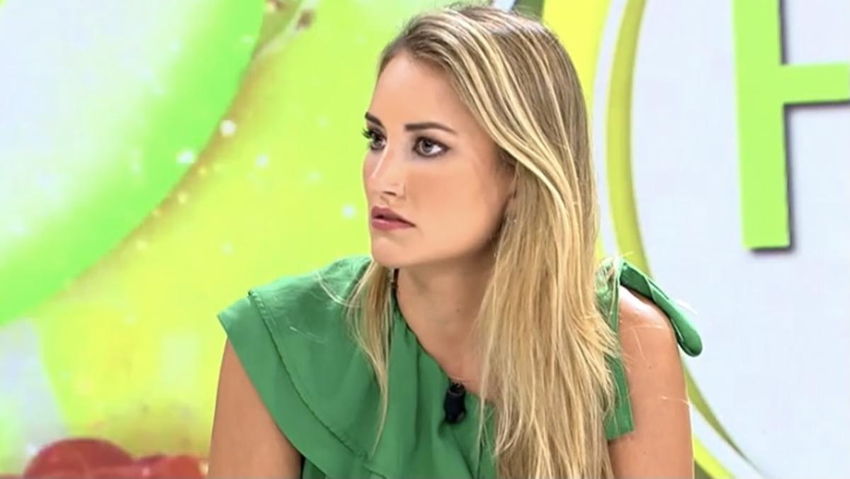 """Alba Carrillo carga contra su programa para defender a Rocío Carrasco: """"Ella no tiró a nadie por las escaleras"""""""