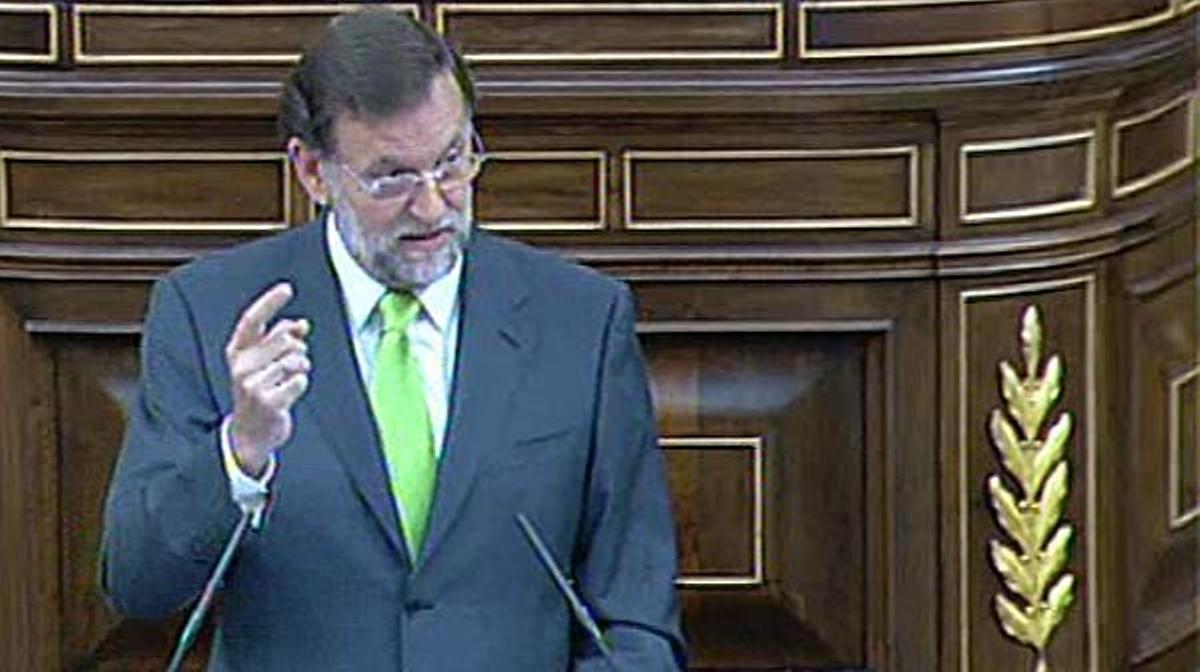 Mariano Rajoy asegura: Si los españoles nos otorgan su confianza prolongaremos la rebaja del IVA doce meses más.