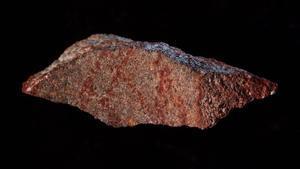 La roca con la pintura más antigua de la historia, localizada al este de Ciudad del Cabo, en Sudáfrica.