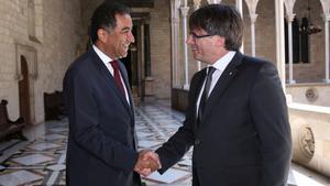 Sijilmassi en el Palau de la Generalitat, con el president Carles Puigdemont, el 31 de agosto del 2016; eran otros tiempos.