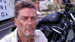 L'actor de 'Peaky Blinders' Toby Kirkup va morir després que els metges l'enviessin a casa