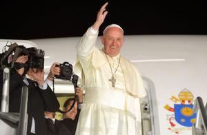 ¿Qué es estenosis diverticular del colon, la enfermedad que sufre el Papa Francisco?