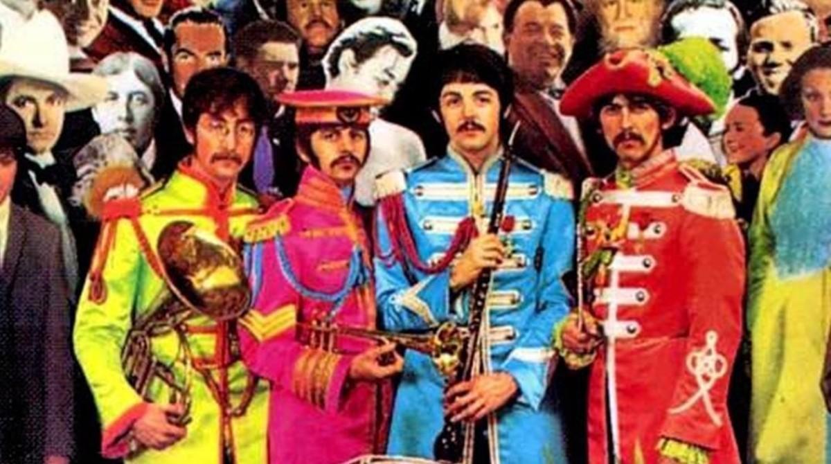Portada deSgt. Pepper's Lonely Hearts Club Band de los Beatles.