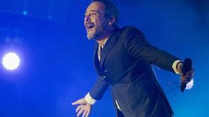 Santi Balmes, durante el concierto de Love of Lesbian, este viernes en el Sant Jordi Club.