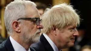 Jeremy Corbyn y Boris Johnson, ayer en Westminster.