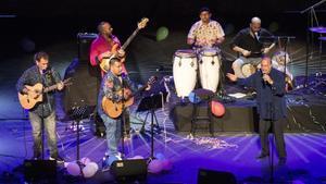 Actuación de Sabor de Gràcia, la noche del martes en el Teatre Grec, en la gala 'Rumberos, pugin a l'escenari!'.