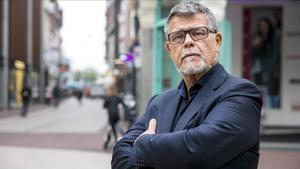El holandés Emile Ratelband, en el centro de la ciudad de Arnhem