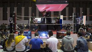 Competición de juegos en el Barcelona Games World.