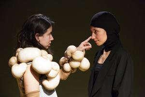 'Vale, vale, vale': atrevit joc teatral