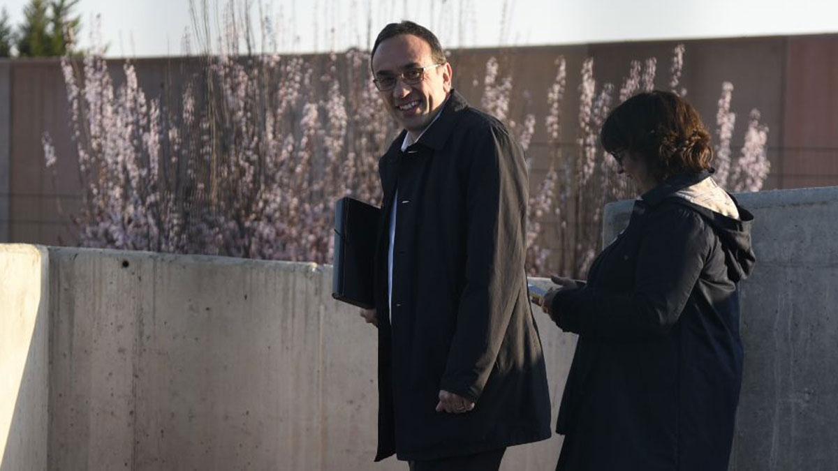 Josep Rull sale de la cárcel de Lledoners para trabajar.