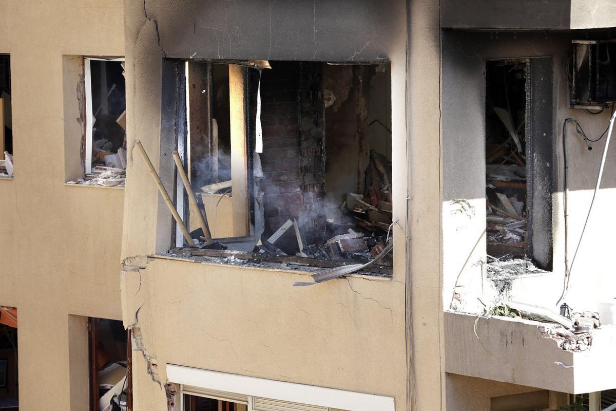 Estado en el que quedó la vivienda de Premià de Mar en la que hubo una explosión el 18 de septiembre.