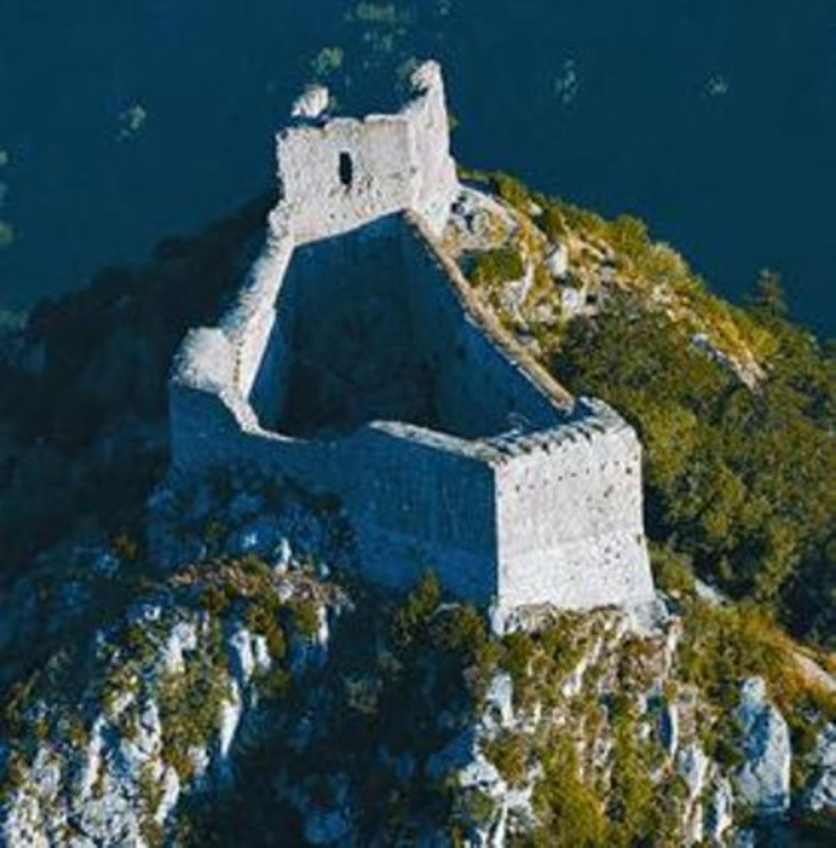 El castillo de Montsegur, en el sur de Francia, guarda el secreto de los cátaros.