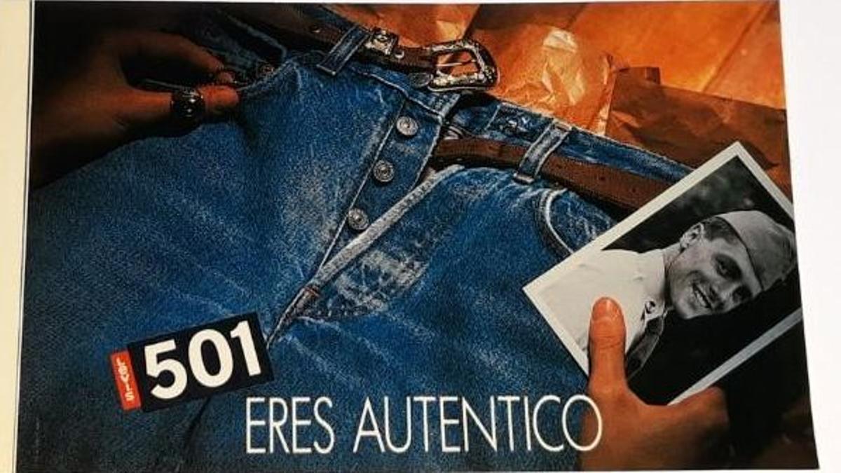 Una publicidad de pantalones vaqueros.