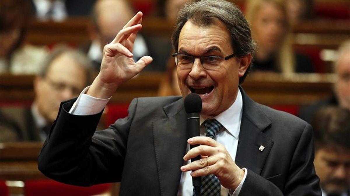 El 'president', Artur Mas, este miércoles, 22 de enero, en el Parlament. EFE / ALBERTO ESTÉVEZ