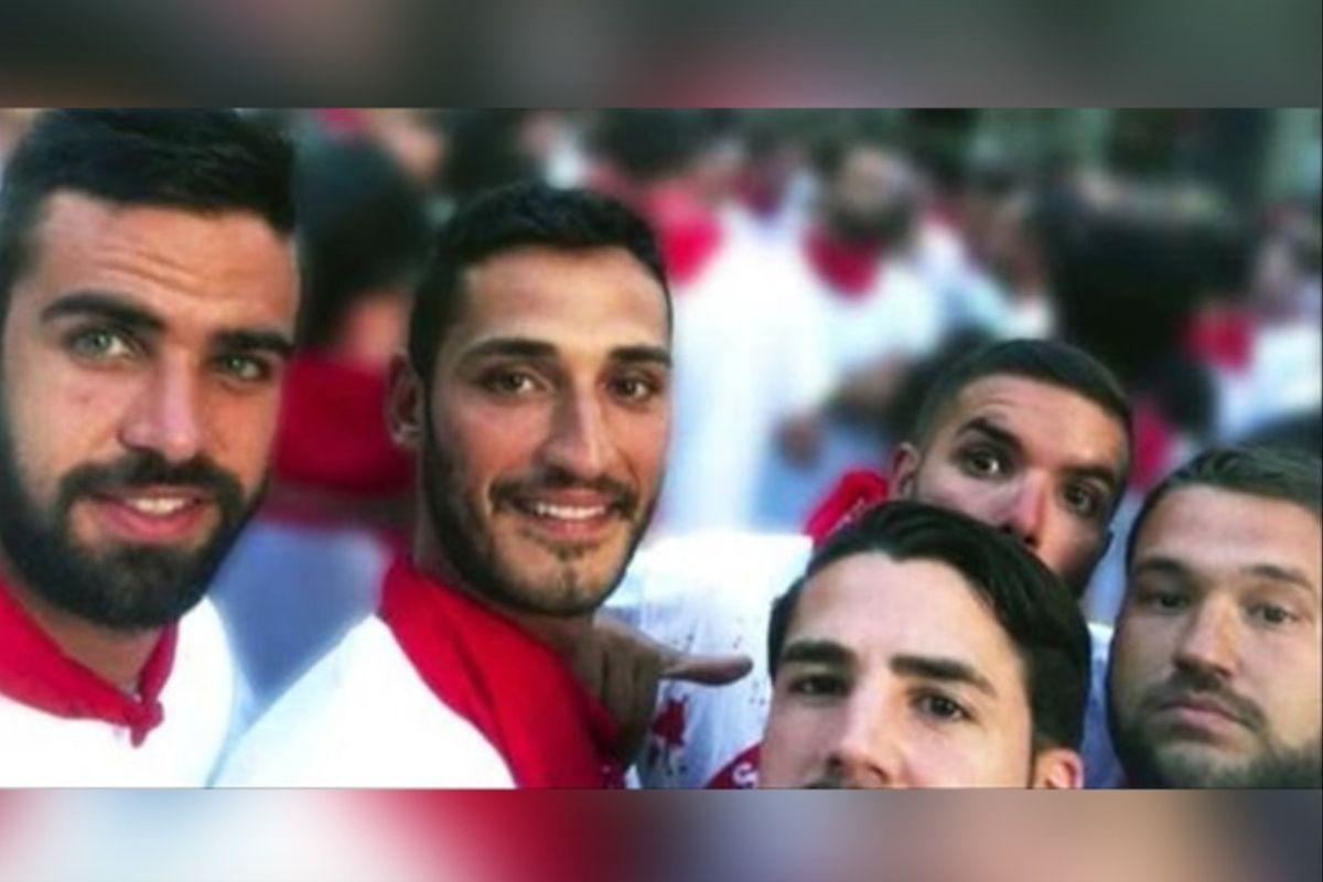 Los cinco hombres de La Manada, condenados por agresión sexual.