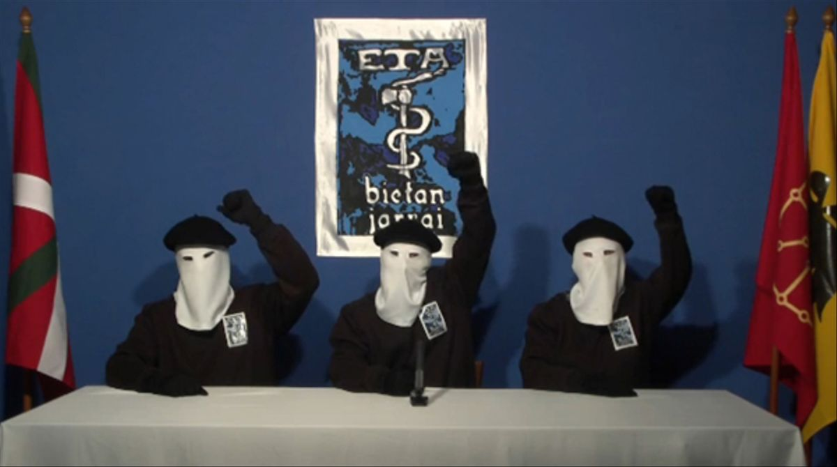 La banda terrorista ha anunciado el cese definitivo de la actividad armada en un comunicado al diario Gara.