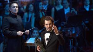 Raúl Arévalo, con el Goya al mejor director novel por 'Tarde para la ira', que consiguió otros tres premios más, entre ellos, el premio a la mejor película y guion original.