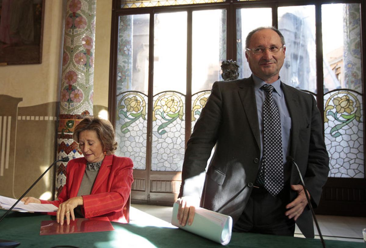 Joan Llinares y Mariona Carulla, en la rueda de prensa de esta mañana.