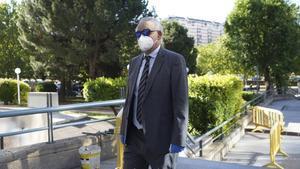 El ex policia Eugenio Pino en la Audiencia Provincial de Madrid esta mañana donde comienza el juicio del Caso Pujol.