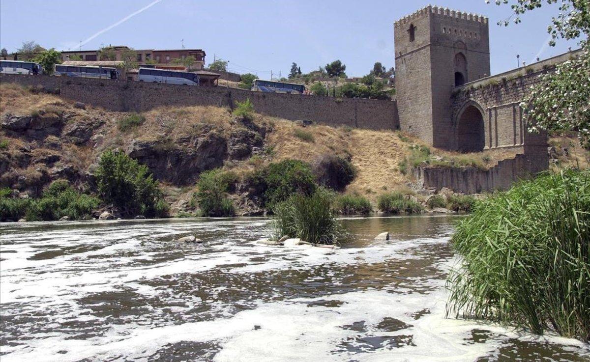 El Tajo, a su paso por Toledo.