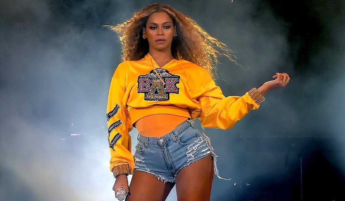 Beyoncé, en su actuación del festival Coachella 2018.