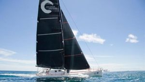 El velero de Didac Costa con el que participará en la Vendee Globe